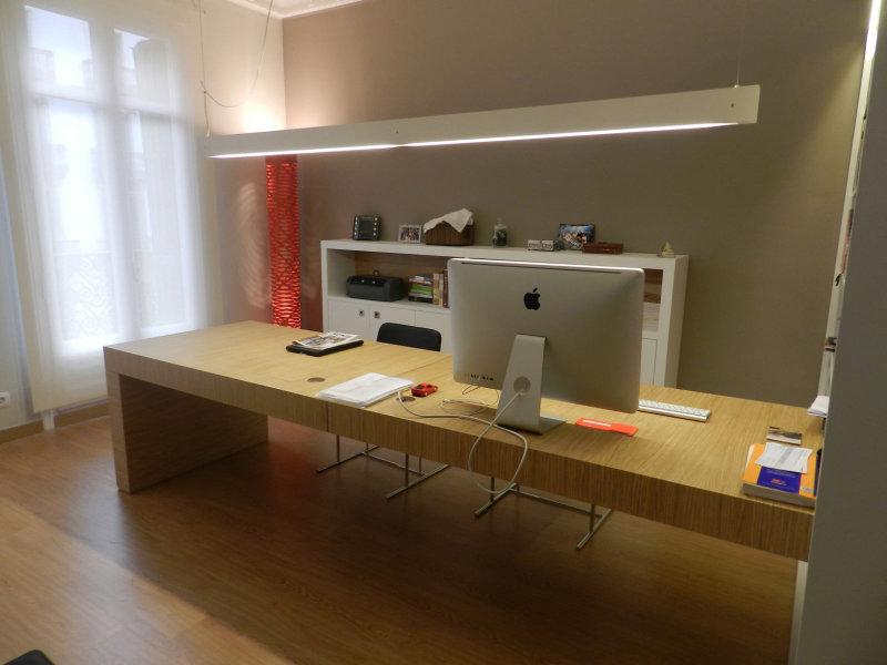 Mesas de despacho best despacho estilo espaol en madera for Mesas de despacho